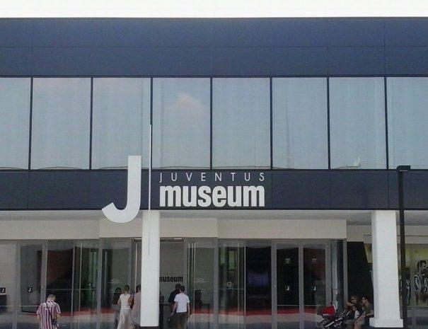 ingresso-dello-j-museum